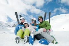 De skiteam van de familie Stock Foto