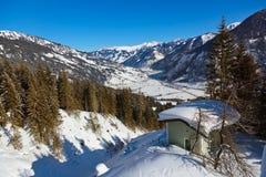 De skitoevlucht van bergen Bad Hofgastein - Oostenrijk Stock Afbeeldingen