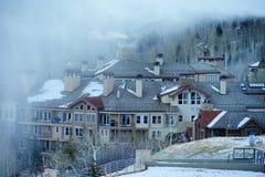 De skitoevlucht van de sneeuwmassa Royalty-vrije Stock Foto's