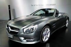 De sl-Klasse van Mercedes-Benz Convertibele sportwagen Royalty-vrije Stock Afbeeldingen