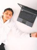 De Slaap van de mens met Laptop Stock Foto