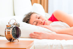 De slaap van de vrouw Stock Afbeeldingen