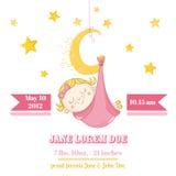 De Slaap van het babymeisje op een Maan - Babydouche of Aankomstkaart Royalty-vrije Stock Afbeeldingen