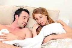De slaap van het paar royalty-vrije stock foto