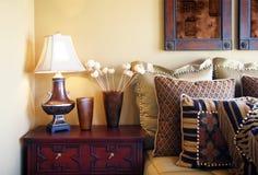 De slaapkamer van de luxe royalty-vrije stock afbeeldingen