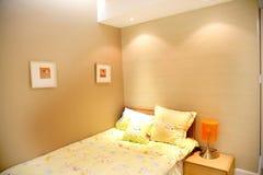 De slaapkamer van familiekinderen Stock Foto's