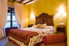 De slaapkamer van Yelow Royalty-vrije Stock Afbeeldingen