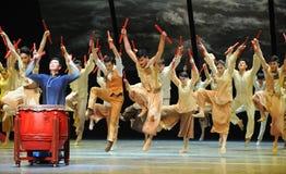 De slagwerkers dansen - De derde handeling van de gebeurtenissen van dans drama-Shawan van het verleden stock fotografie