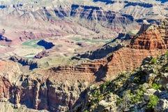 De Slang als de de Rivierwinden van Colorado door Grand Canyon van Arizona wordt bekend dat stock afbeeldingen