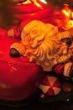 De slaperige Kerstman Stock Afbeeldingen