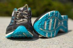 De sleep stelt schoenen in werking Royalty-vrije Stock Foto