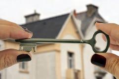 De sleutel tot het huis royalty-vrije stock foto's