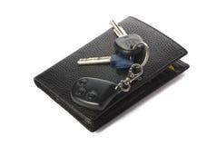 De sleutels van de portefeuille en van de auto Royalty-vrije Stock Afbeeldingen