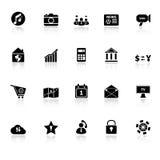 De slimme telefoonpictogrammen met overdenken witte achtergrond Stock Foto