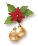 De slinger van Kerstmis van ballen met Poinsettia Stock Afbeelding