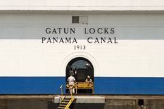 De Sloten van Gatun, het Kanaal van Panama Royalty-vrije Stock Foto's