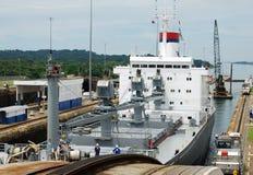 De Sloten van Gatun van het Kanaal van Panama stock afbeeldingen
