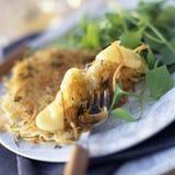 De smakelijke pannekoek van st -st-nectaire en van de aardappel Stock Foto's