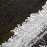 De smeltingen van de ijsrand in de lente Stock Foto's
