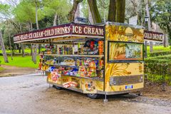 De snacks en drinkt Voedseltribune, Villa Borghese Rome Royalty-vrije Stock Foto
