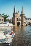 De Sneeker Waterpoort jest symbolem Fryzyjski miasteczko Sneek obraz royalty free