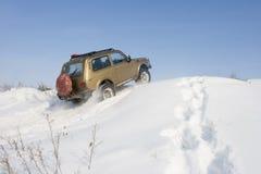 De sneeuw van Niva van de jeep Stock Foto's
