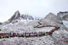 De sneeuwberg van Yulong in Tibet Royalty-vrije Stock Foto's