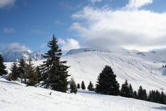 De sneeuwbergen van de winter Stock Foto