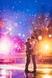 De sneeuwminnaars kussen stad Royalty-vrije Stock Afbeelding