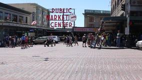 De snoeken plaatsen het Teken van het Openbare Marktcentrum stock videobeelden