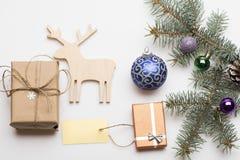 De snuisterijen en de decoratie van Kerstmis Stock Afbeelding