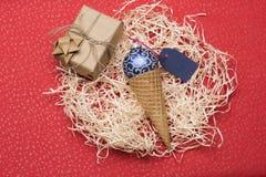 De snuisterijen en de decoratie van Kerstmis Stock Foto's