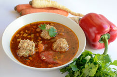 De soep en de groenten van het vleesballetje royalty-vrije stock fotografie