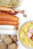 De soep van aardappels in een kom Royalty-vrije Stock Foto's