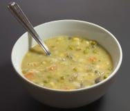 De soep van de de pottenpastei van de kip in witte kom Royalty-vrije Stock Fotografie