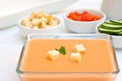 De soep van de Gazpachotomaat stock foto's