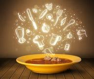 De soep van de huiskok met hand getrokken witte pictogrammen Stock Foto's