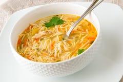 De soep van de kippennoedel Stock Afbeeldingen
