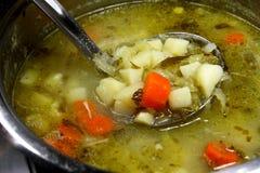De soep van de komkommer royalty-vrije stock afbeelding