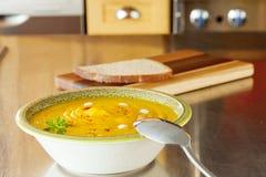 De soep van de pompoen Stock Foto