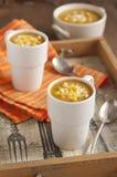 De soep van de pompoen met graan Royalty-vrije Stock Foto's