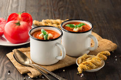 De soep van de tomaten Spaanse peper Royalty-vrije Stock Foto's