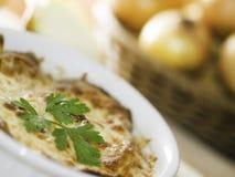 De soep van de ui met kaas Stock Foto's