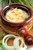 De soep van de ui met kaas Stock Afbeeldingen