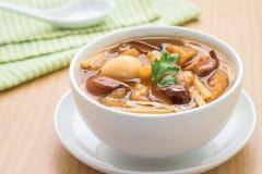 De soep van de vissenkrop in kom Royalty-vrije Stock Afbeeldingen