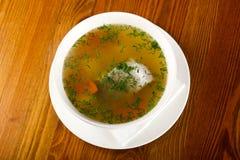 De soep van vissen met forel royalty-vrije stock fotografie