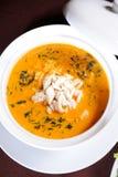 De soep van zeevruchten stock afbeeldingen
