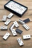 De spaanders van het dominospel Stock Afbeeldingen