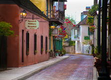 De Spaanse Militaire Straat St Augustine Florida van Hospitla Aviles stock foto