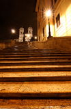 De Spaanse stappen bij nacht, Rome Stock Foto's
